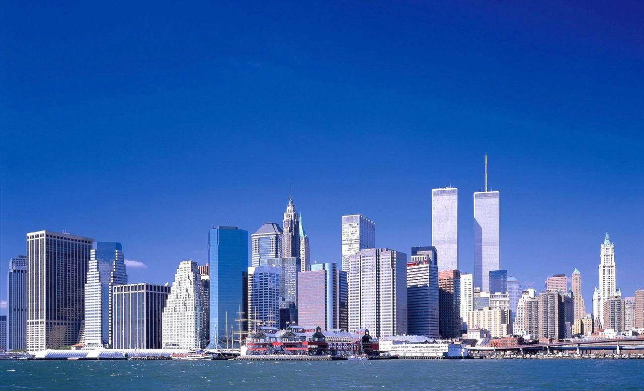 旅行や留学の参考に!?世界で最もお金がかかる都市第1位はどこ?