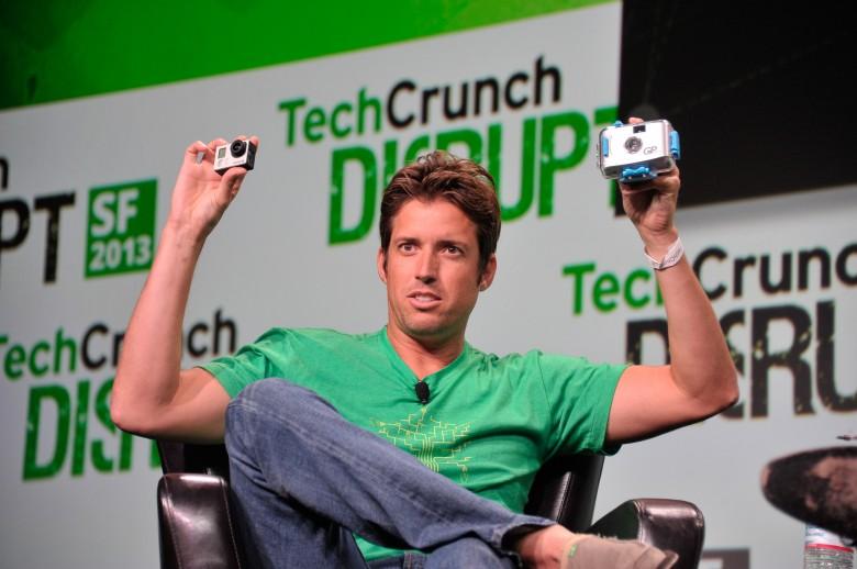 GoProのCEOが2億3000万円を手放す!理由は大学時代のルームメイトとの約束を果たすためだった。