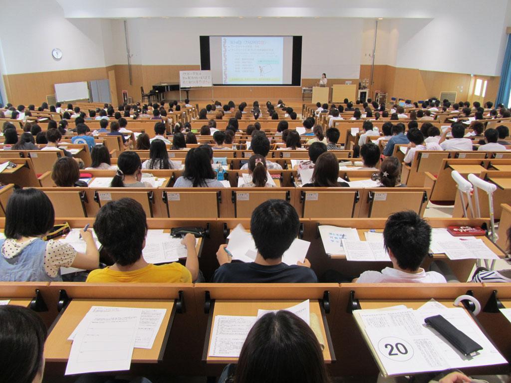 大学に行く意味はあるのか。【学生が知っておくべき4つの事実】