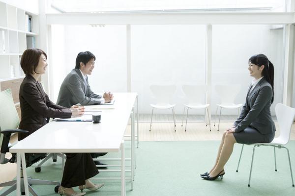 【就活】面接の練習で抑えるべきポイントを人事目線で解説!
