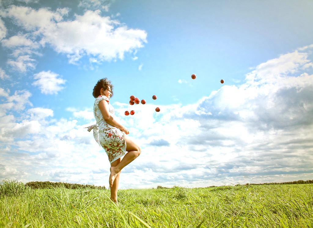 「自分の感情に意識を向ける。」自らの力で幸福度を上げる方法。