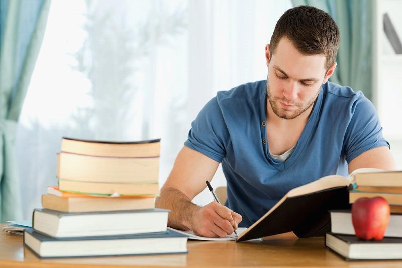 現代の若者はマルチタスクが多い!1つのことに集中するために必要な「3つのコツ」。