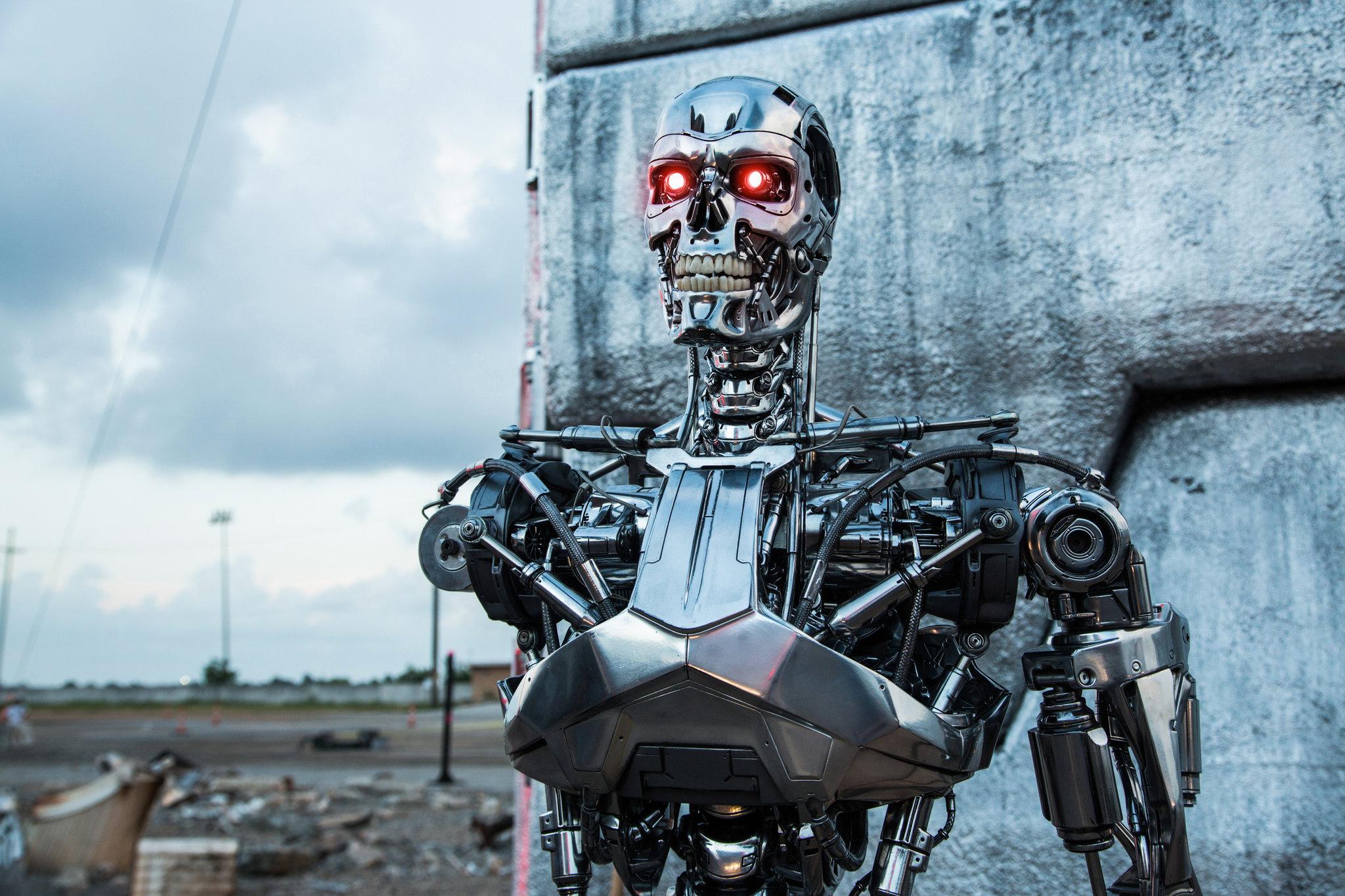人工知能の発達が弊害に!?たくさんの専門家が警鐘を鳴らす「軍事ロボット」とは。