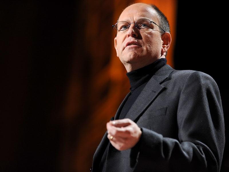 【TED】100年後に価値あるニュースとは?ありふれた情報を吟味する必要性。