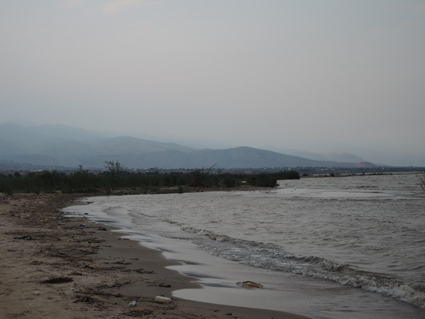 ブルンジの象徴タンガニーカ湖