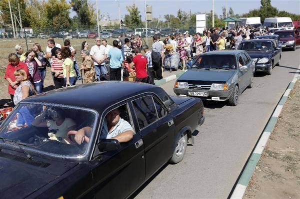 戦火を逃れて。報じられることのないウクライナの人々の生活。