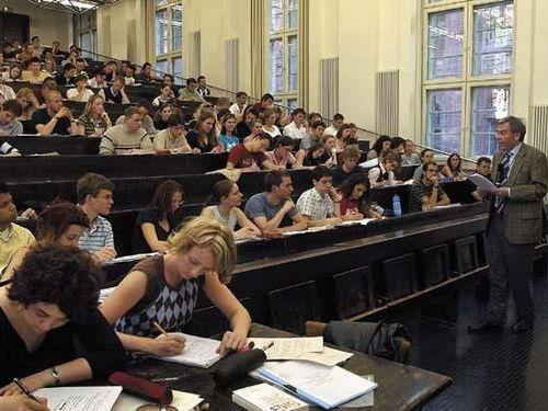 これが世界の大学生の勉強時間だ!気になる日本の学生は…?