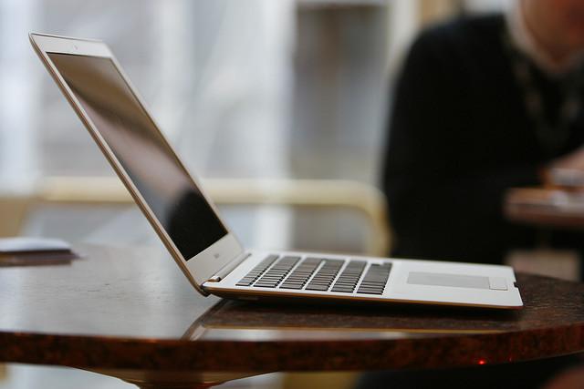 大学生よ!Macbookはこんなにも優れている。